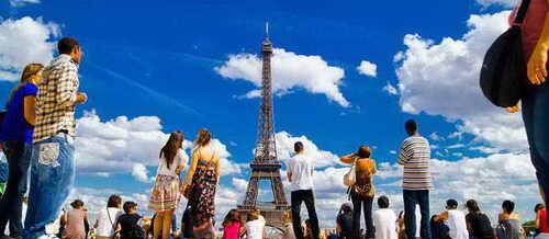 Чем интересен Париж для туристов?