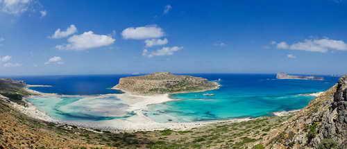 Путешествие по острову Крит состоятельной туристки