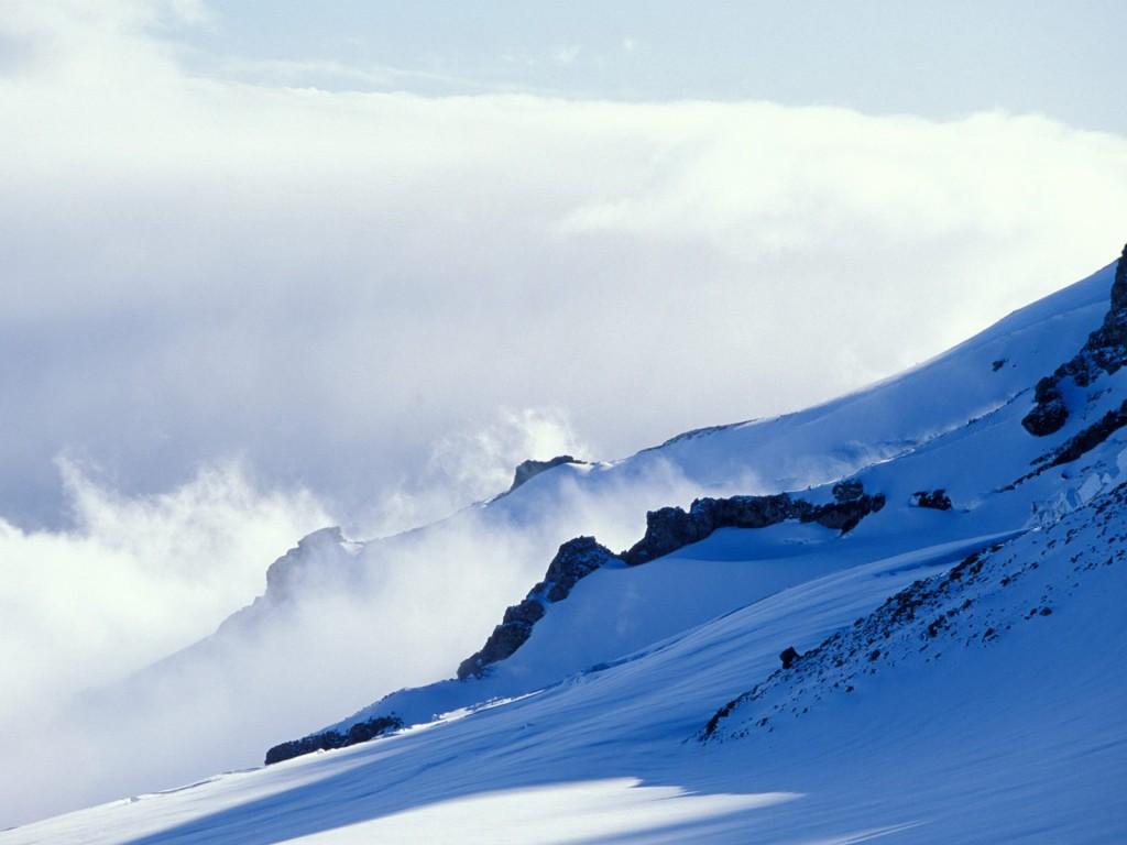Очень сильный ветер на горе Вашингтон