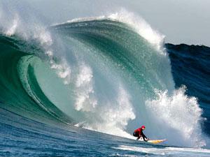 Волна Мэверик.Серфинг.