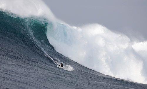Мэверик, серфинг