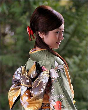Женское кимоно от отеля hyatt regency