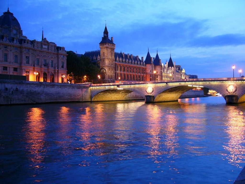 Париж-Франция-Сена