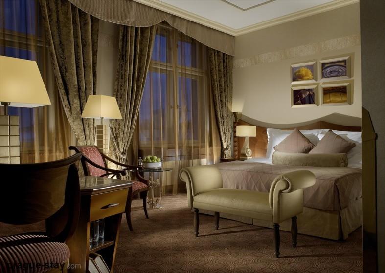 Отель Империал в Праге