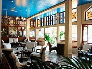 Отель Heritage Village Club