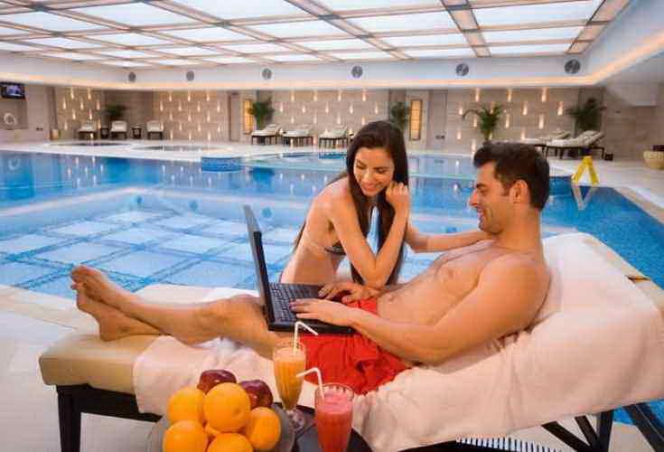 Служба бронирования отелей в интернете