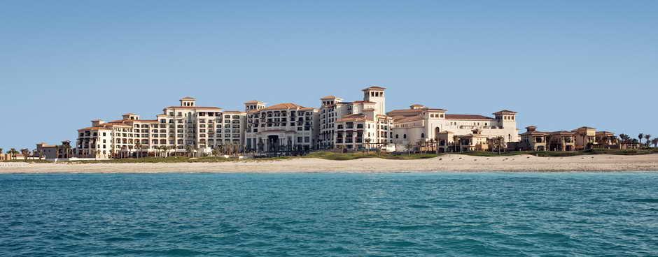 Роскошный отель St Regis Saadiyat Island