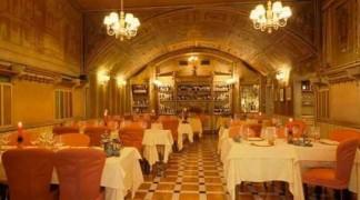 Сколько стоит обед в итальянском ресторане «12 апостолов» в Вероне?