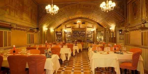 В ресторане Dodici Apostoli