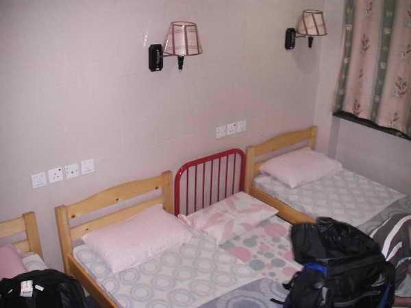 В номере хостела Гонконга