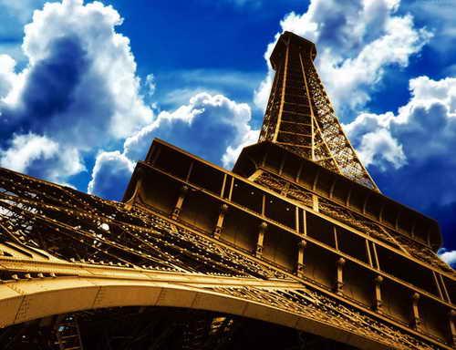 Парижская башня