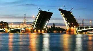 Поездка в Санкт-Петербург очень богатого путешественника
